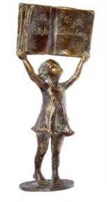 """Statuetka - Nagroda Główna w konkursie na najlepiej przeprowadzoną kampanię społeczną """"Cała Polska czyta dzieciom"""" w roku szkolnym 2004/2005"""